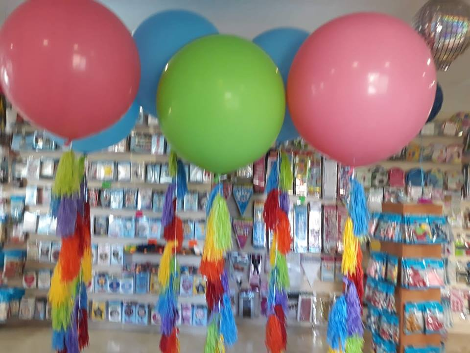 1 Giant 3ft90cm Latex Balloon Buy Helium Balloons Delivery